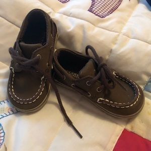 Sperry Boys Dark Brown boat shoes- size 4